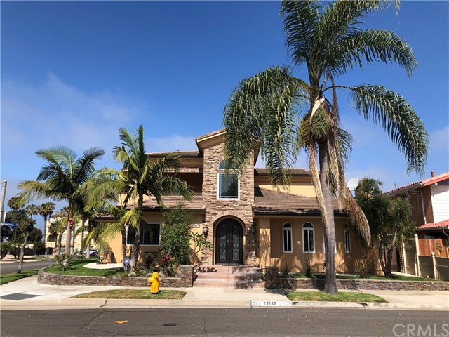 17187  Roundhill Drive, Huntington Harbor, California