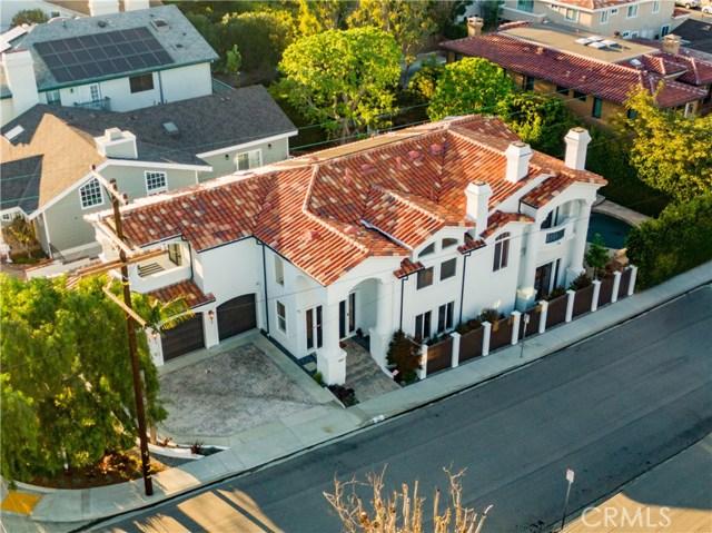 1467 3rd Street, Manhattan Beach, California 90266, 5 Bedrooms Bedrooms, ,3 BathroomsBathrooms,For Sale,3rd,SB20049357