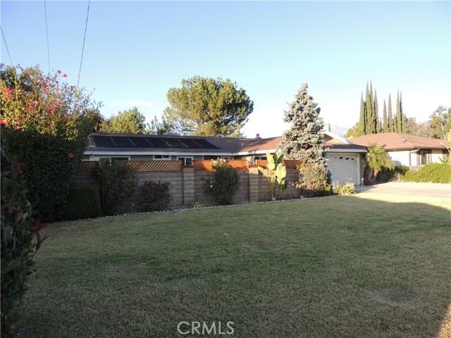 842 W Avenue L, Calimesa, CA 92320