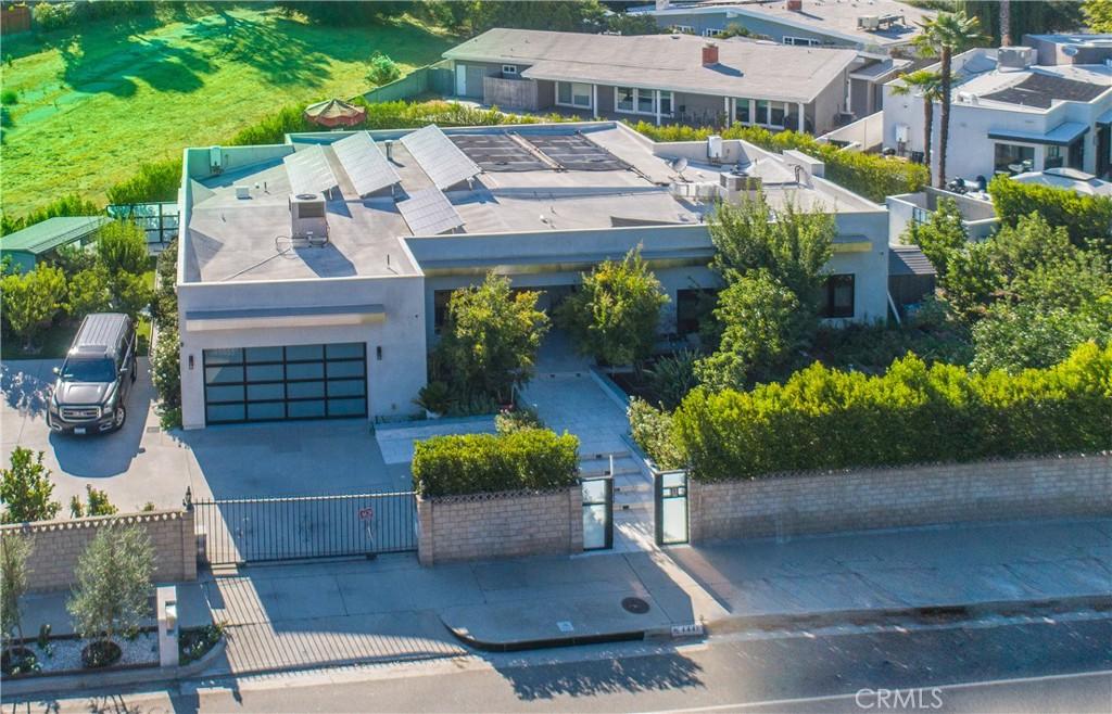 Photo of 4441 Reseda Boulevard, Tarzana, CA 91356