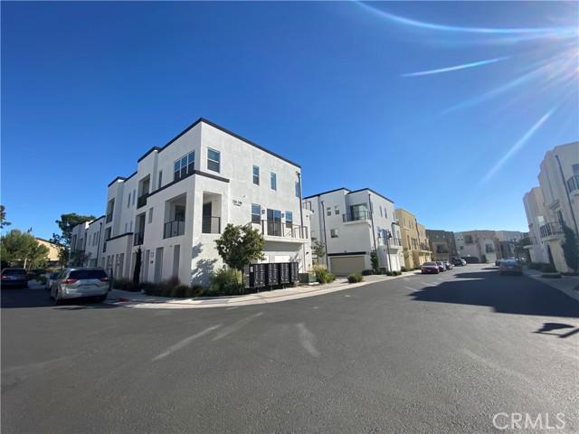Image 4 of 246 Harringay, Irvine, CA 92618