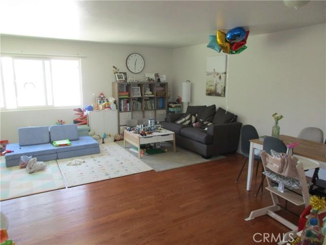 Unit#2 Living room