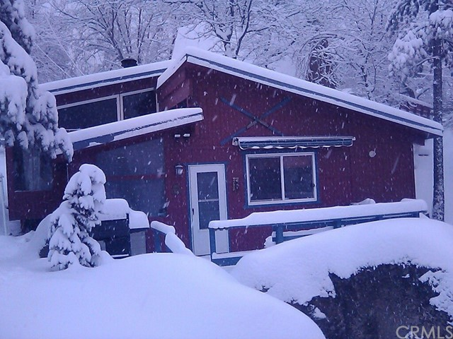 33143 Hilltop Bl, Arrowbear, CA 92382 Photo 8