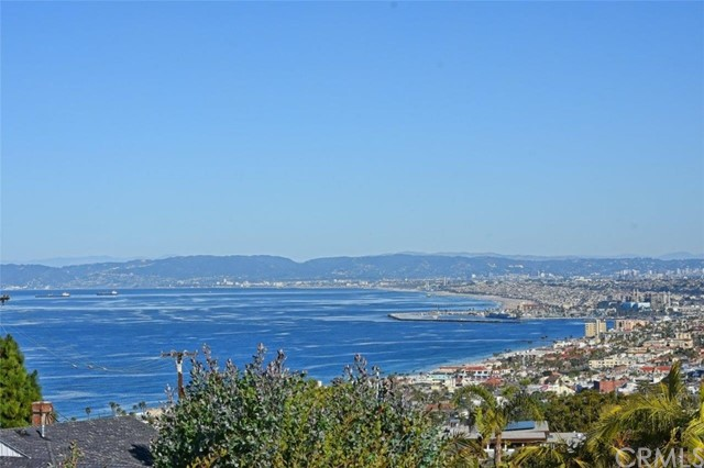 Photo of 409 Via La Soledad, Redondo Beach, CA 90277