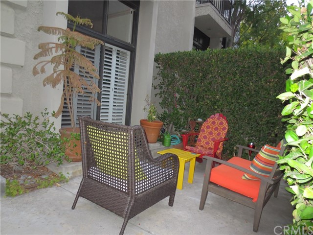 368 S Orange Grove Bl, Pasadena, CA 91105 Photo 5