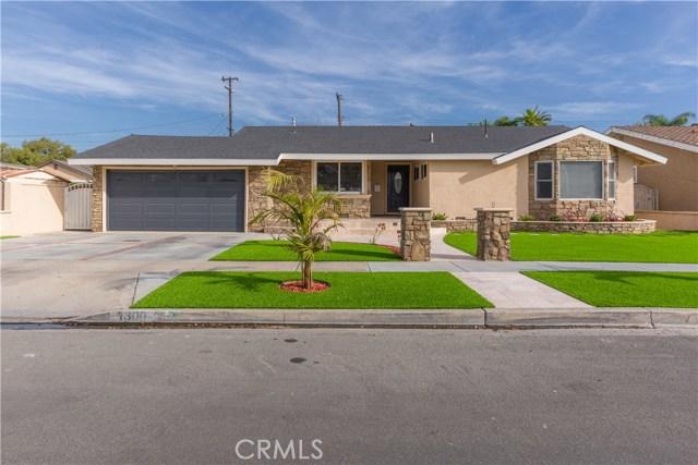 1300 S Oakhaven Drive, Anaheim, CA 92804