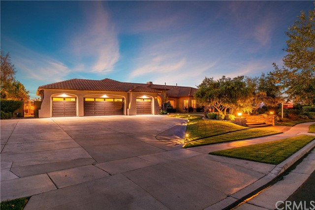 995  Randall Ranch Road, Corona, California