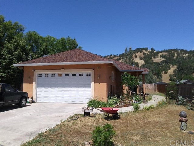 3016 Spring Valley Road, Clearlake Oaks, CA 95423