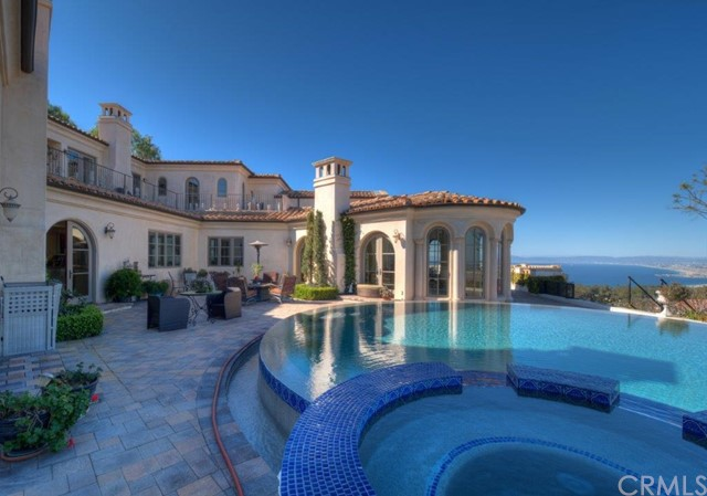 8. 710 Via La Cuesta Palos Verdes Estates, CA 90274