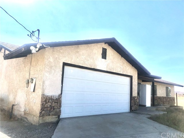 10124 Wintergreen Rd, Pinon Hills, CA 92372 Photo