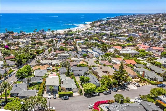 42. 575 Blumont Street Laguna Beach, CA 92651