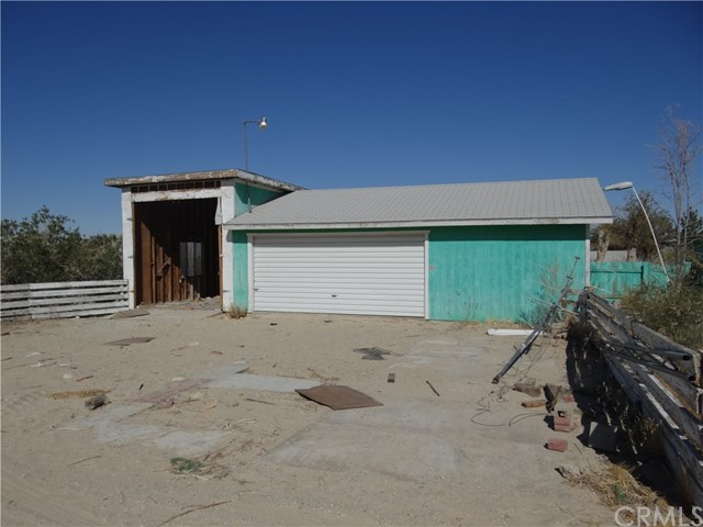 9578 Chickasaw, Lucerne Valley, CA 92356 Photo 2