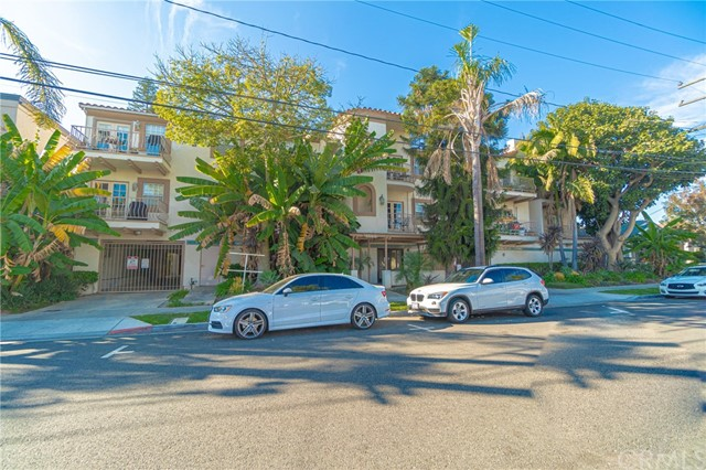 1145 Roswell Avenue #20