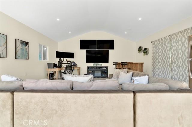 2727 Alvord Lane, Redondo Beach, California 90278, 3 Bedrooms Bedrooms, ,2 BathroomsBathrooms,For Sale,Alvord,SB21067765