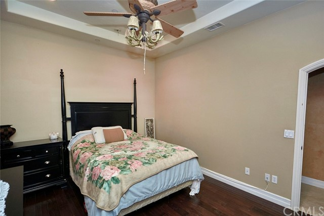 7760 Barker Rd, Oak Hills, CA 92344 Photo 32