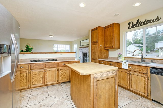 18690 Oak Grove Rd, Hidden Valley Lake, CA 95467 Photo 11