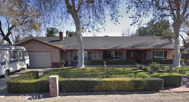 9949 Carob Avenue, Fontana, CA 92335