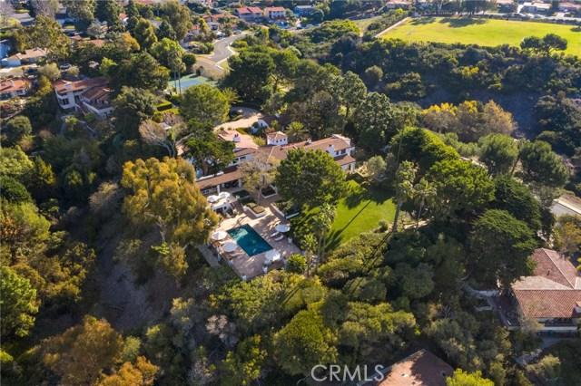 22. 909 Via Coronel Palos Verdes Estates, CA 90274