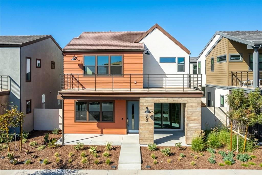 293     Sawbuck, Irvine CA 92618