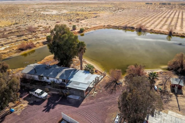 48975 Fairview Rd, Newberry Springs, CA 92365 Photo