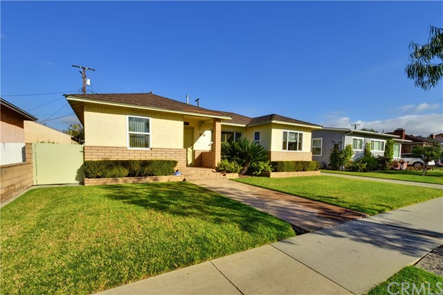 5713 E Rosebay Street, Long Beach, CA 90808
