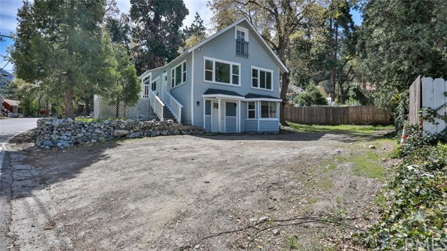 41157 Valley Of The Falls Drive, Forest Falls, CA 92339