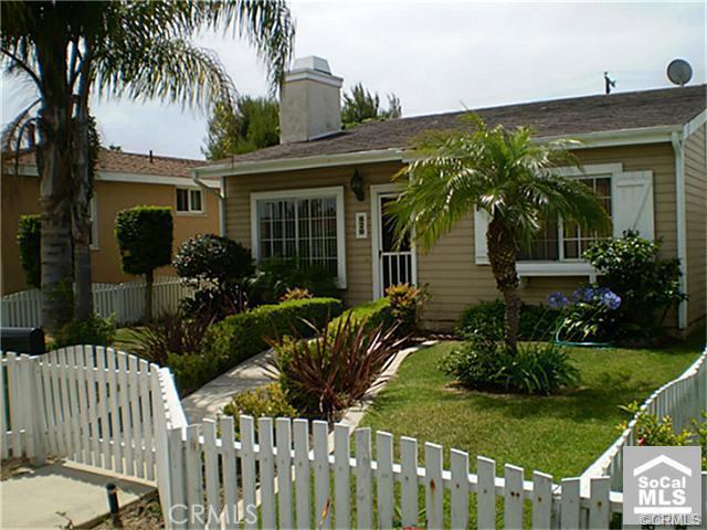 620 Indianapolis Avenue, Huntington Beach, CA 92648