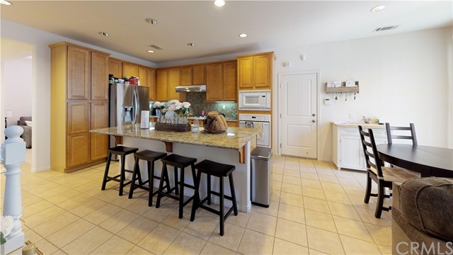 221 W Pebble Creek Lane, Orange, CA 92865