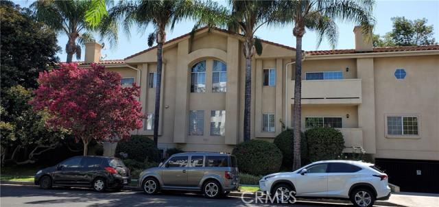 5240 Vantage Ave #111, Valley Village, CA 91607