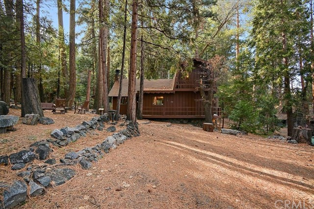 116 Barton Flats, Angelus Oaks, CA 92305