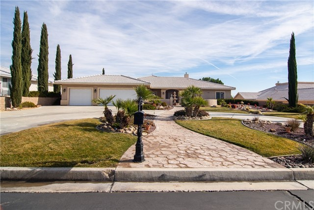 16209 Crown Valley Drive, Apple Valley, CA 92307