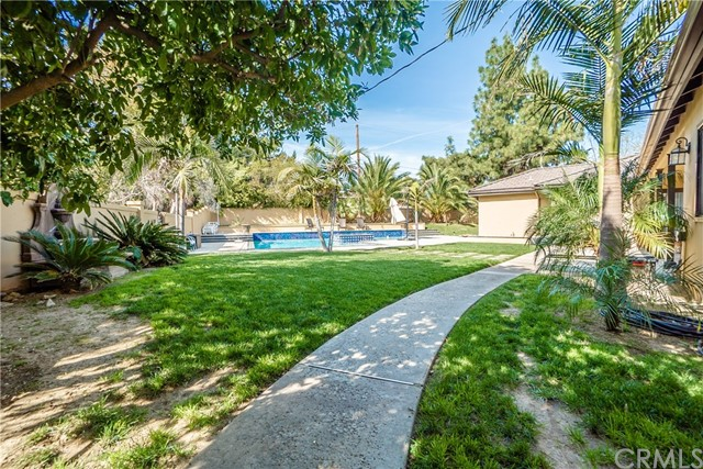 17421 Klee St, Sherwood Forest, CA 91325 Photo 49