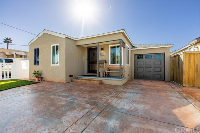 3728 135th Street, Hawthorne, California 90250, 2 Bedrooms Bedrooms, ,1 BathroomBathrooms,Single family residence,For Sale,135th,DW19024502