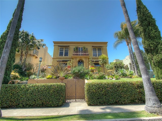 121 Belmont Avenue, Long Beach, CA 90803