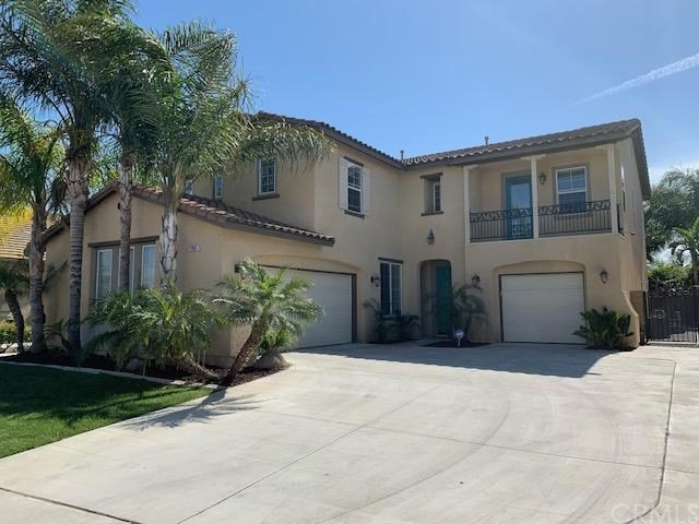 7987 Hazelnut Drive, Corona, CA 92880