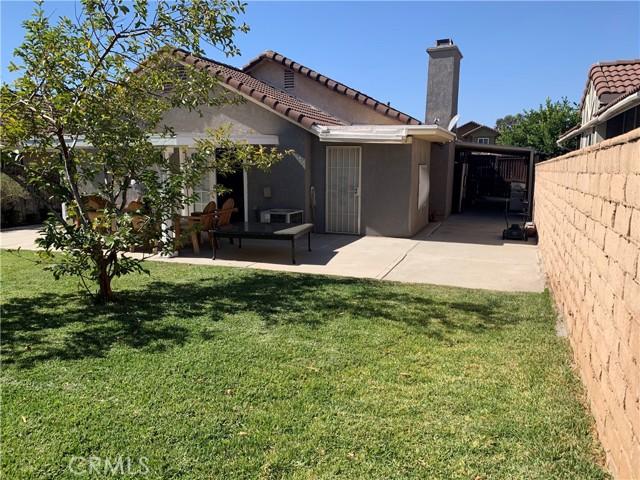 11473 Homewood Place, Fontana CA: https://media.crmls.org/medias/66278430-4734-4259-adfc-98ecd1a6d3ad.jpg