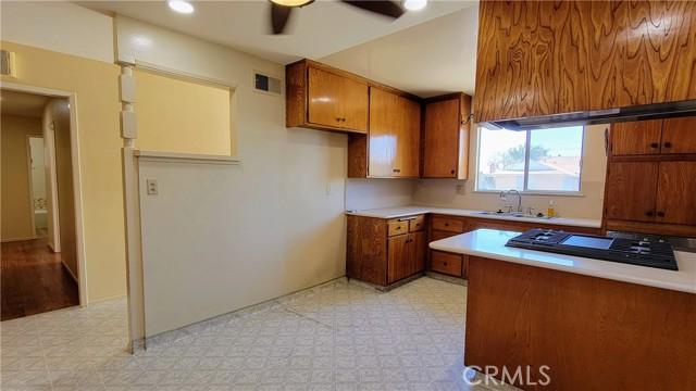 8. 22033 Newkirk Avenue Carson, CA 90745