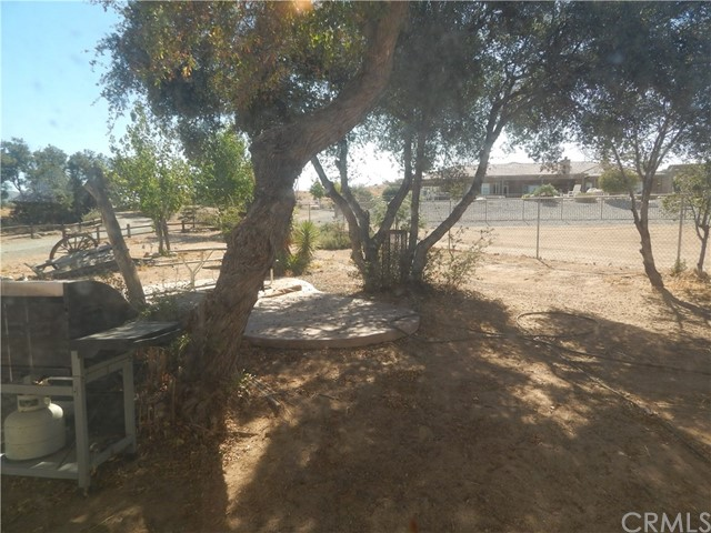 11024 Medlow Av, Oak Hills, CA 92344 Photo 57