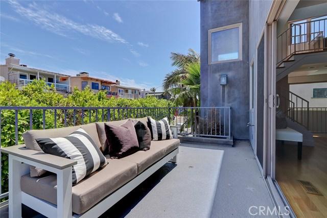 445 Manhattan Avenue, Hermosa Beach, CA 90254