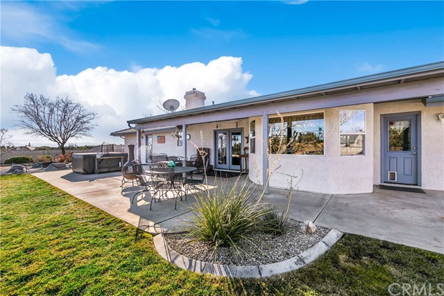 10260 Whitehaven St, Oak Hills, CA 92344 Photo 7
