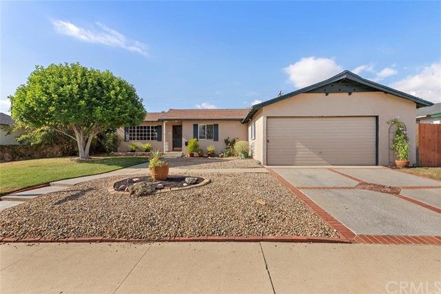 1655 S Santa Fe Avenue, Glendora, CA 91740