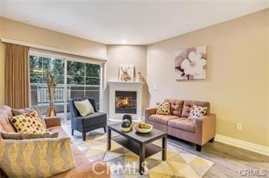 15206 Burbank Boulevard 117, Sherman Oaks, CA 91411