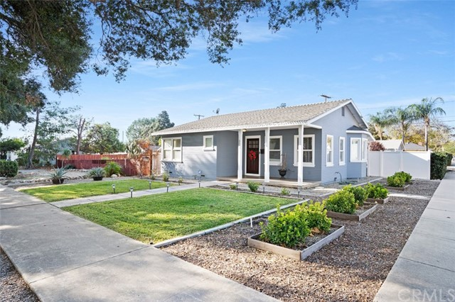 305 Sultana Ave, Upland, CA 91786
