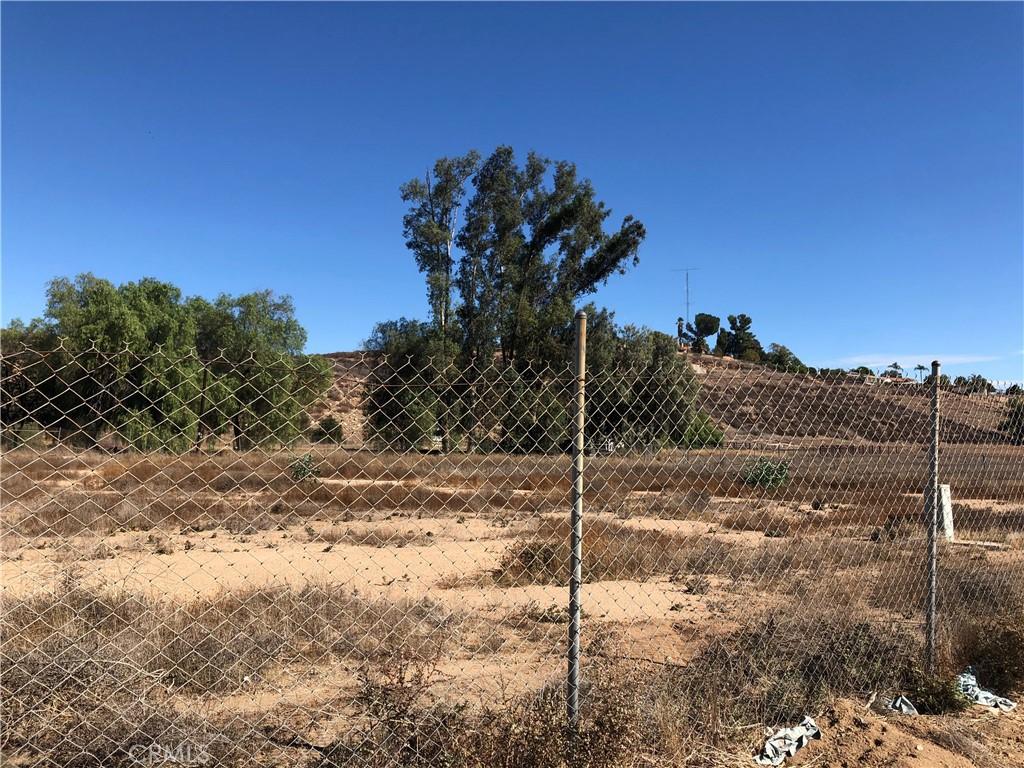 Photo of 21026 Palomar Street, Wildomar, CA 92595