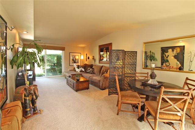 725  Avenida Majorca #B, Laguna Woods in Orange County, CA 92637 Home for Sale