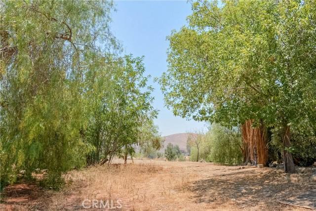 34. 28090 Leona Drive Lake Elsinore, CA 92532