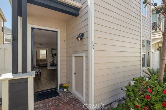 Storage space next to front door