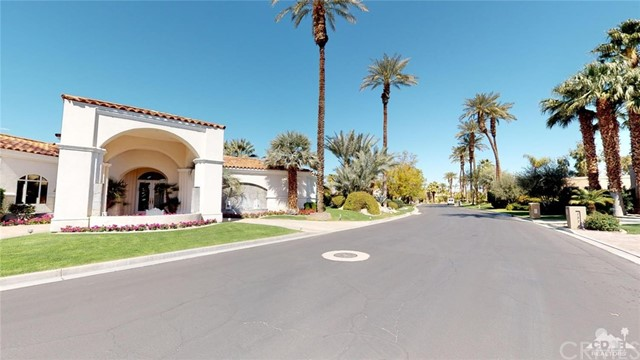 140 Waterford Circle, Rancho Mirage, CA 92270