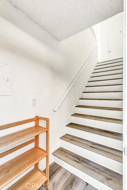 2119 Dufour Avenue 2, Redondo Beach, California 90278, 1 Bedroom Bedrooms, ,1 BathroomBathrooms,For Rent,Dufour,PV21061879