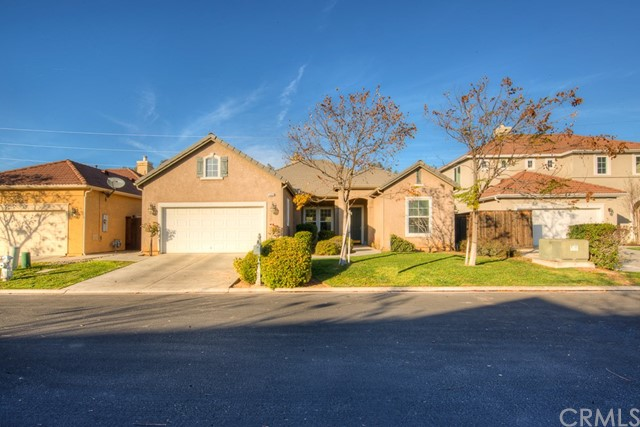 11058 E Greenbury Way E, Clovis, CA 93619